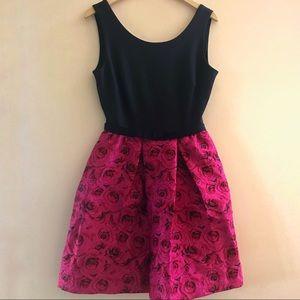 Taylor: Rose Dress.